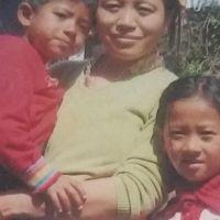 1-kalsang_dolker_avec_ses_enfants